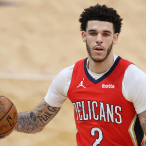 lonzo ball agrees to four year contract with bulls