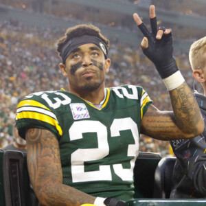 packers place pro bowl cb jaire alexander on ir with shoulder injury